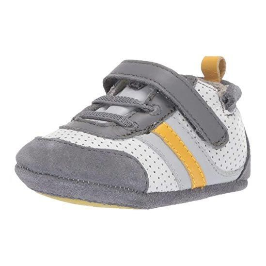 baby first walking shoes